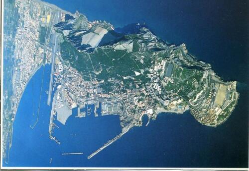 Gibraltar-vista-dall aereo