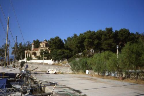 Grecia-porto di Metana