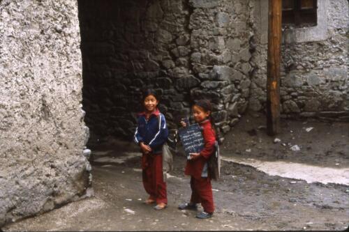 bambini Ladaki
