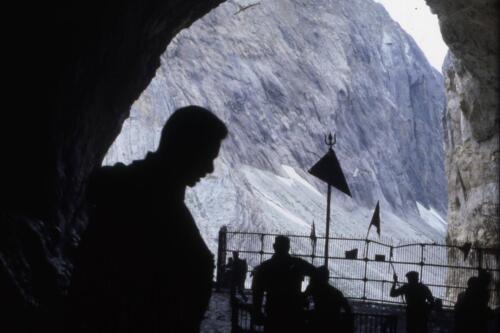 nella grotta Amarnat
