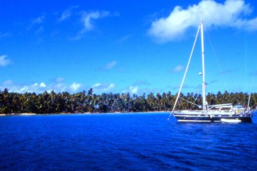 dentro-l-Atollo-di-Takaroa
